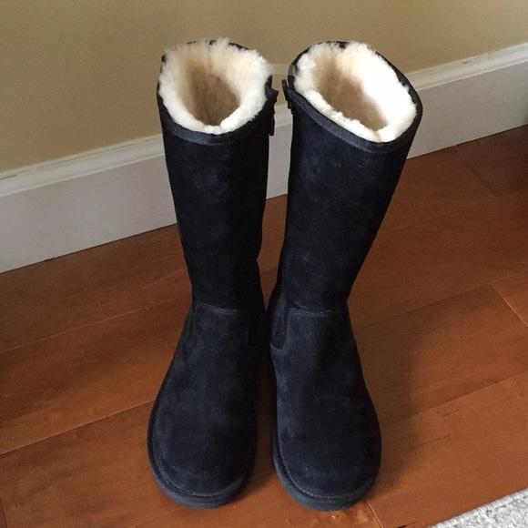 a2eb8f9b804 Tall Black UGG boots (greenfield ) side zipper